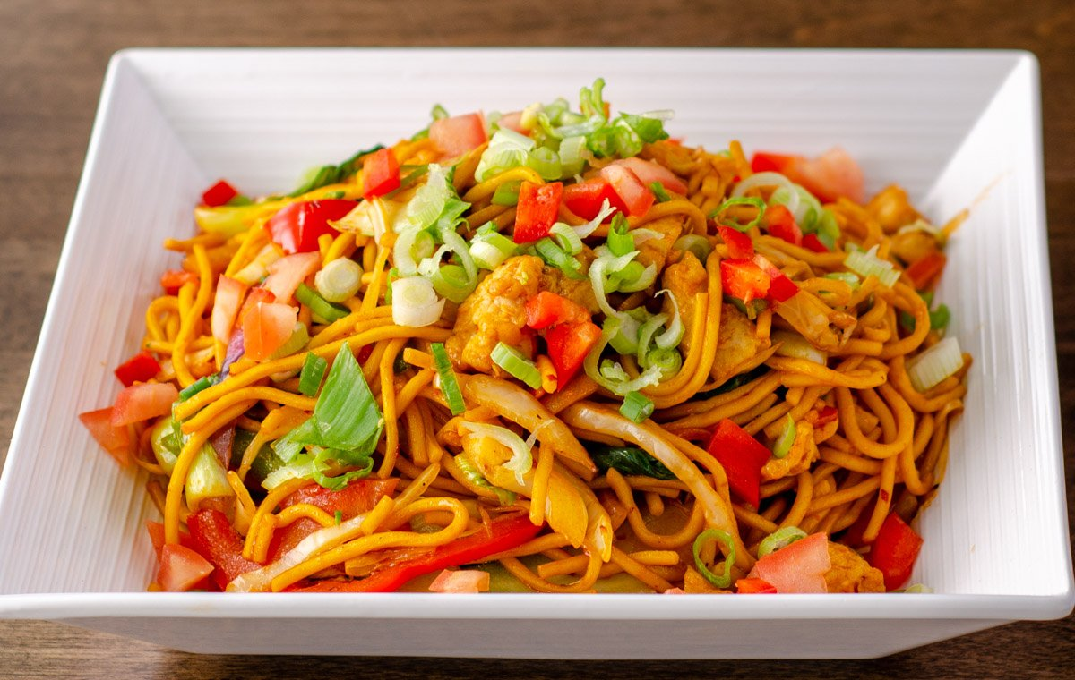 Bombay Vintage - Indian Style Chicken Chowmein